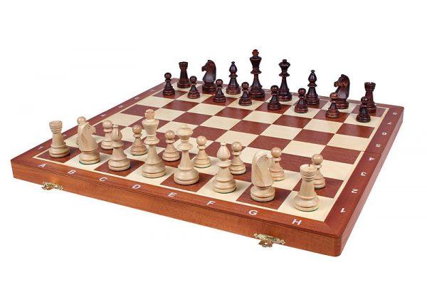 Set piese de sah din lemn nr 6 in cutie de lemn cu organizator