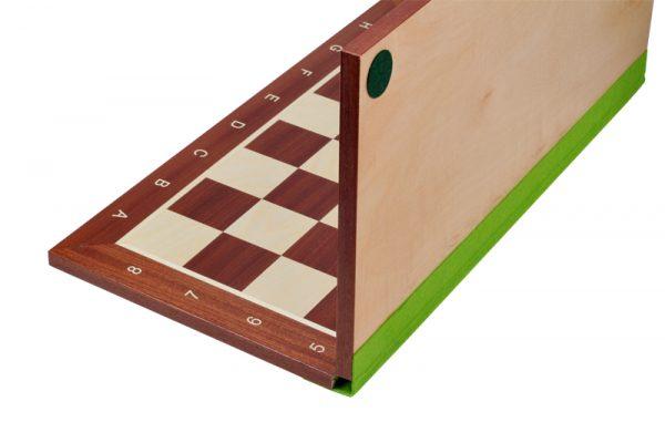 Tabla-de-sah-din-lemn-pliabila-3